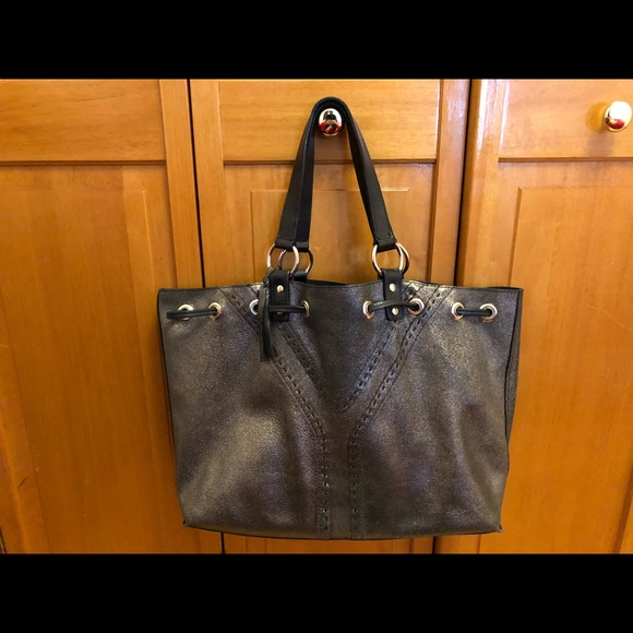 32801968a676 YSL Yves Saint Laurent Reversible Double Sac tote.  M 5a7b11955512fd63303af1eb